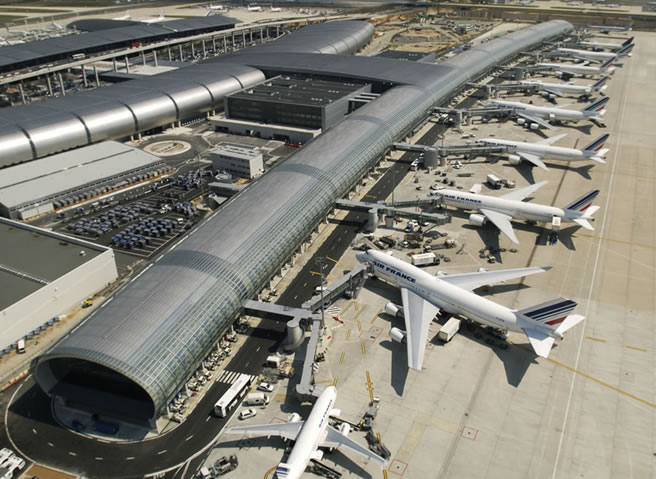 Aeropuerto Chrles de Gaule (Roissy) en París