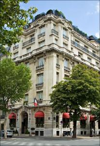 Típico hotel p.arisino estilo hausmaniano