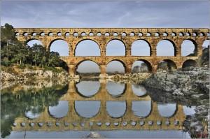 Acueducto romano de Pont du Gard, junto a Nimes.