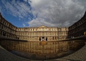 Cour Carrée del Museo del Louvre. Pabellón del Reloj. Foto de m43photos.