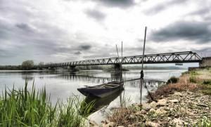 El puente de Saint Mathurin sobre el Loira, típica estampa del río más libre de Europa.