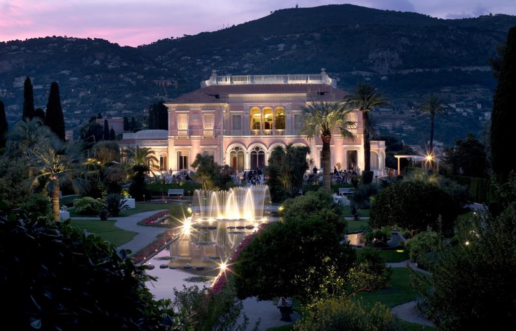 La espectacular Villa Ephrussi, del mecenas y millonario Rothchild, en la península más cara del mundo, St-Jean de Cap Ferrat.