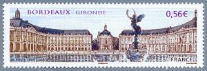 Sello que representa la Place de la Bourse. Si le interesan los sellos franceses visite nuestra sección de filatelia.