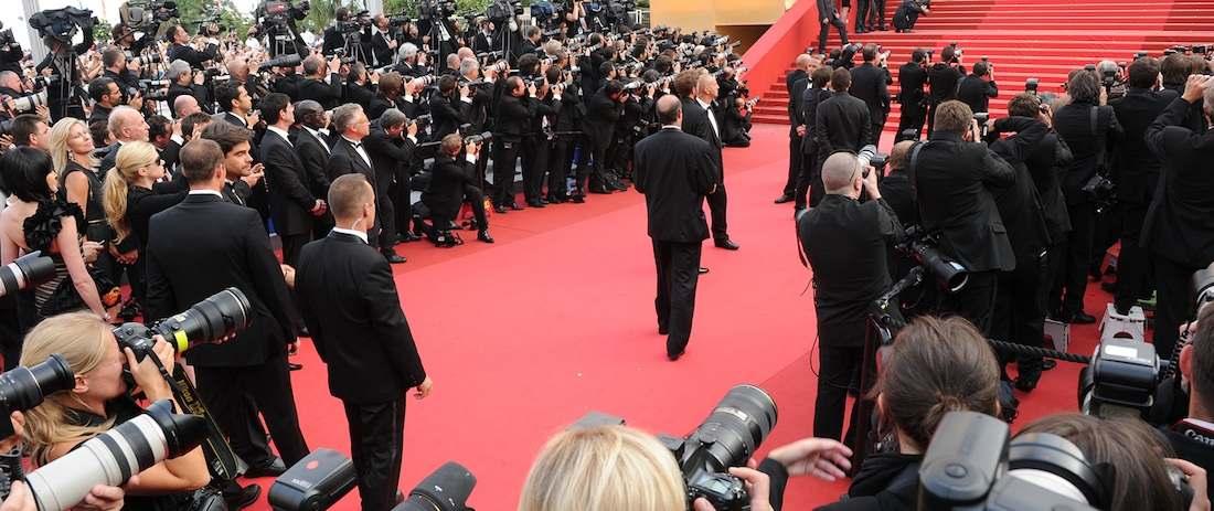 La alfombra roja y los fotógrafos, estampa cannoise.
