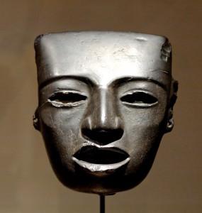 Mascara encontrada en Teotihuacan, perteneciente a la cultura dominante antes de la llegada de los mexicas-aztecas.