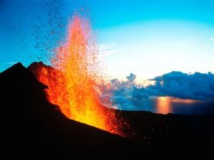 Erupción en el Pitón de la Fournaise